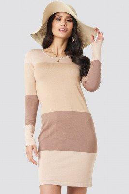 Luisa Lion x NA-KD Light Knit Blocked Dress - Beige
