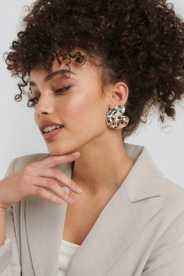 NA-KD Accessories Uneven Flat Earrings - Gold