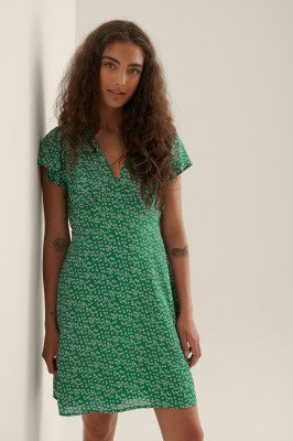NA-KD NA-KD Gerecycleerd Zwierige Mini-jurk - Green