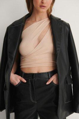 Curated Styles Curated Styles Crop Top Met Strikdetail - Beige