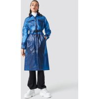 Astrid Olsen x NA-KD Rain Coat - Blue