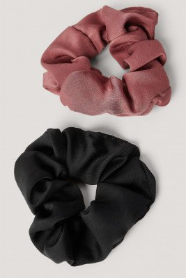 NA-KD Accessories 2-Pack Shiny Scrunchies - Black,Pink