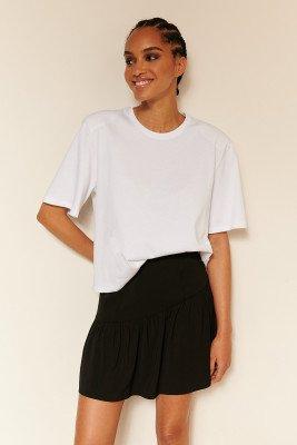 Oumayma x NA-KD Oumayma x NA-KD Organisch T-shirt Met Schoudervullingen - White