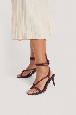NA-KD Shoes NA-KD Shoes Sandalen Met Hak En Geknoopte Bandjes - Burgundy