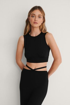 Curated Styles Curated Styles Crop Top Met Ruchedetail - Black