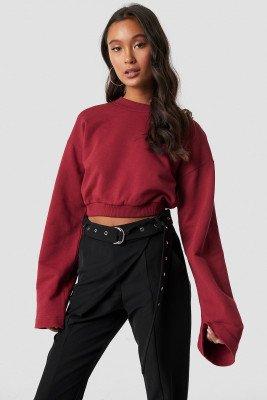 Ivana Santacruz X NA-KD Ivana Santacruz X NA-KD Cropped Wide Sleeve Sweatshirt - Red
