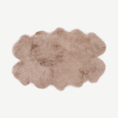 MADE.COM Helgar vierdubbel 100% schapenvacht vloerkleed