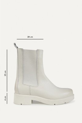 Shoecolate Shoecolate Chelsea boot Offwhite 8.20.08.372