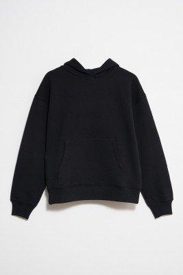 NU-IN Essential Oversized Front Pocket Hoodie