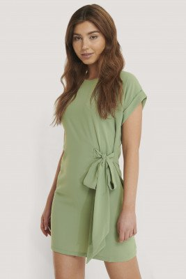 Trendyol Mini-Jurk Met Knoopdetail - Green