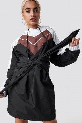 NA-KD NA-KD Tie Waist Hooded Dress - Black,Multicolor