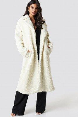 Dilara x NA-KD Dilara x NA-KD Teddy Maxi Coat - White