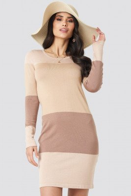 Luisa Lion x NA-KD Luisa Lion x NA-KD Light Knit Blocked Dress - Beige