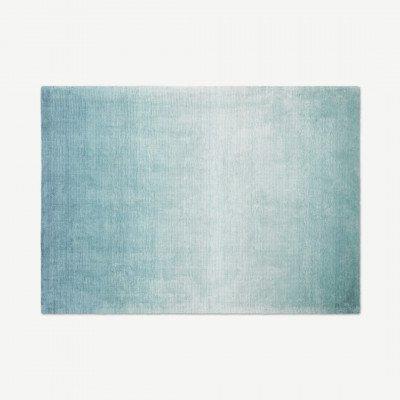 MADE.COM Tazim groot viscose vloerkleed 160 x 230cm, donkerturkoois Blue