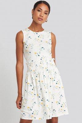 NA-KD NA-KD Sleeveless Floral Print Skater Dress - White